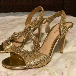 Gianni Bini gold sparkly heels ✨